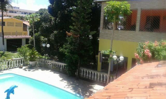 Quatro casas no mesmo terreno em Itamaracá, perto da Praça do Pilar