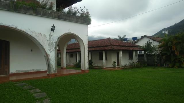 Imobiliária Nova Aliança!!!!!!! Casarão Mobiliado Terreno Medindo 30x50 em Muriqui - Foto 3