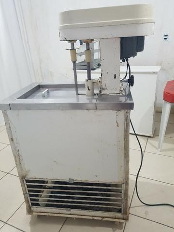 Máquina de de fazer sorvete (de massa) e picoleteira - Foto 3