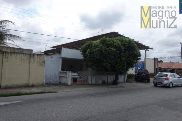Excelente casa com ótima localização, situada á poucos metros do aeroporto. - Foto 3