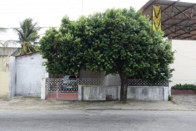 Excelente casa com ótima localização, situada á poucos metros do aeroporto. - Foto 6