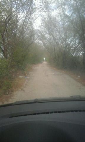 Salinas terreno 10x50 no trevo vendo e troco parcela - Foto 3