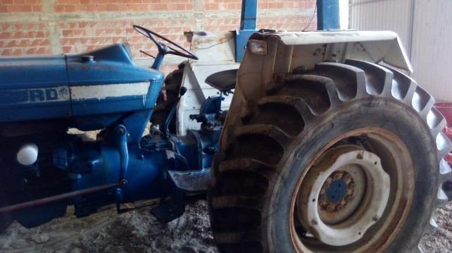 Vendendo Trator ford 4600 - Foto 2