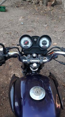 Vendo uma Yamaha 125 ano 2010 2011