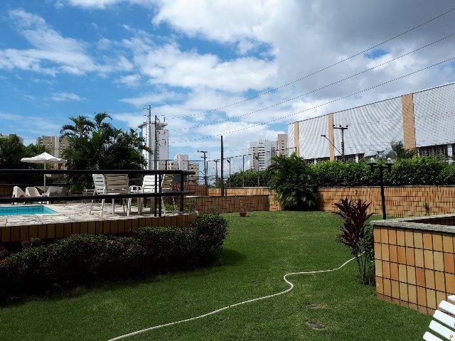 250 m², 3 suítes, gabinete, dependência, 3 vagas - Foto 2