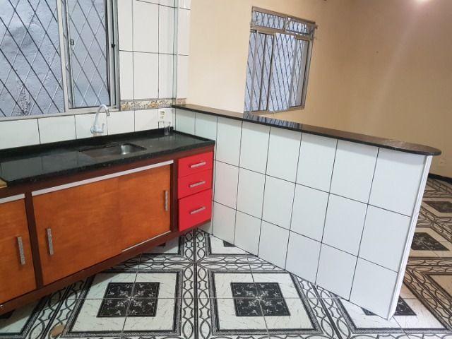 Casa com 4 quatros (3 suítes) / 3 vagas de garagem /terraço com churrasqueira - Foto 18