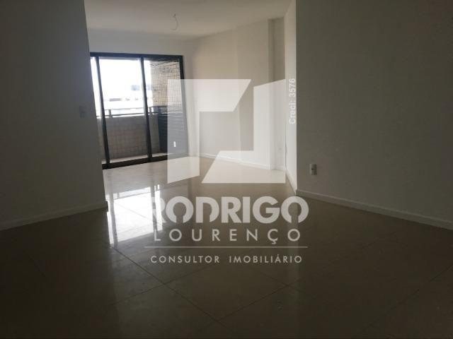 Na Ponta Verde com 99m², 03 Quartos e 02 vgs de garagem . Aceita Financiamento Bancário - Foto 15