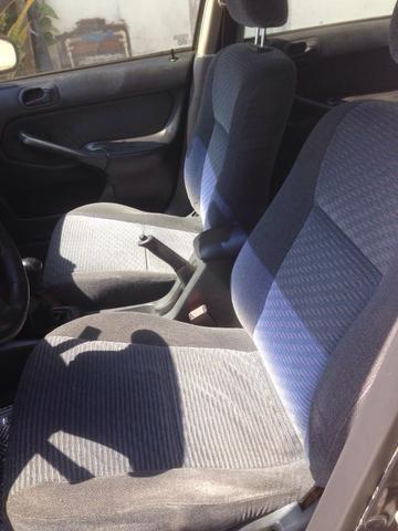 Honda Civic 2000 venda ou troca - Foto 2