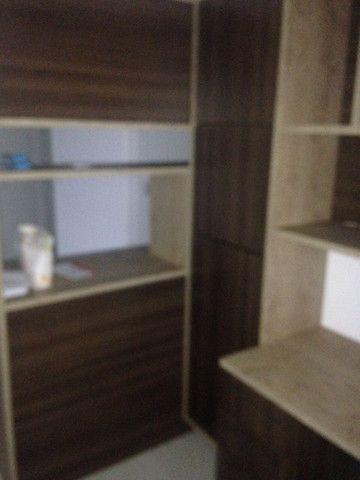 Bom apto de 03 quartos (01 reversível) no Alto da Glória - Foto 8