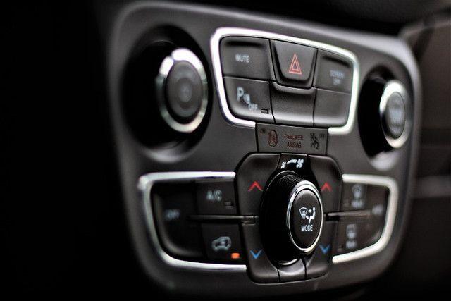 Jeep Compass 2.0 Flex Longitude AUT - Foto 11