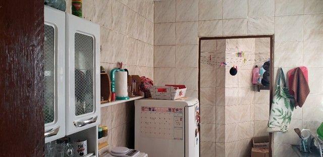 Com 03 quartos em frente ao Hospital Rosa Pedrossian - Foto 7