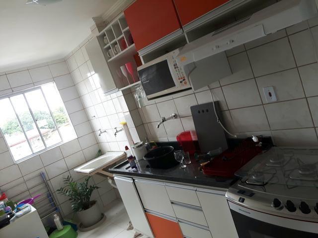 Apartamento reformado e com mobília no Manoel Julião