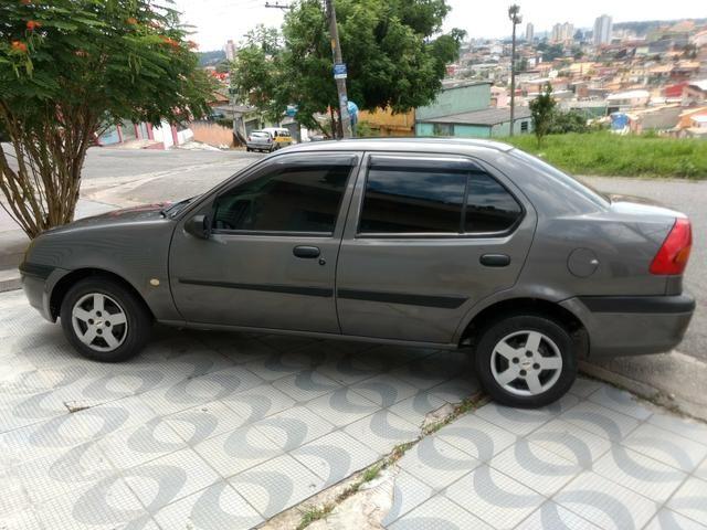 Ford Fiesta Sedan Street 2002 (completo)