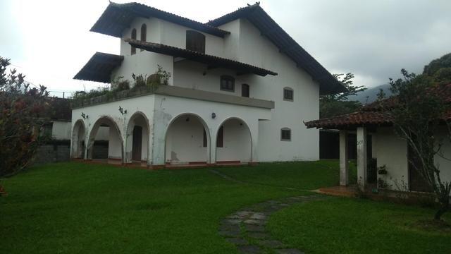 Imobiliária Nova Aliança!!!!!!! Casarão Mobiliado Terreno Medindo 30x50 em Muriqui - Foto 2