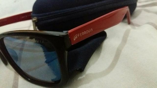 48fbaaa33bf45 Óculos escuros espelhados FERROVIA - Bijouterias