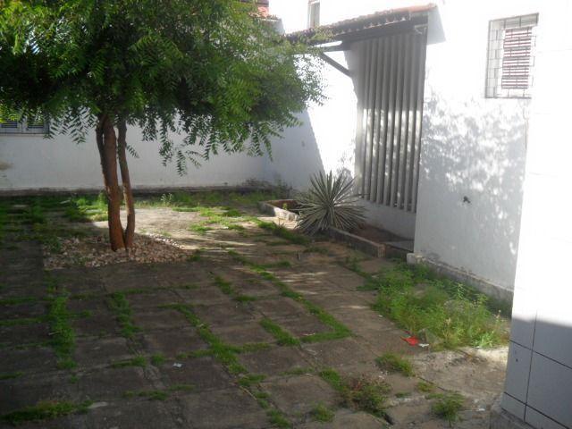 Excelente casa, com 04 quartos no Cambeba - Foto 3