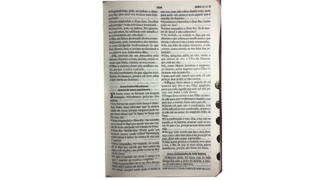 Bíblia Feminina Mulher Com Harpa Crista Letra Grande Ziper - Foto 4