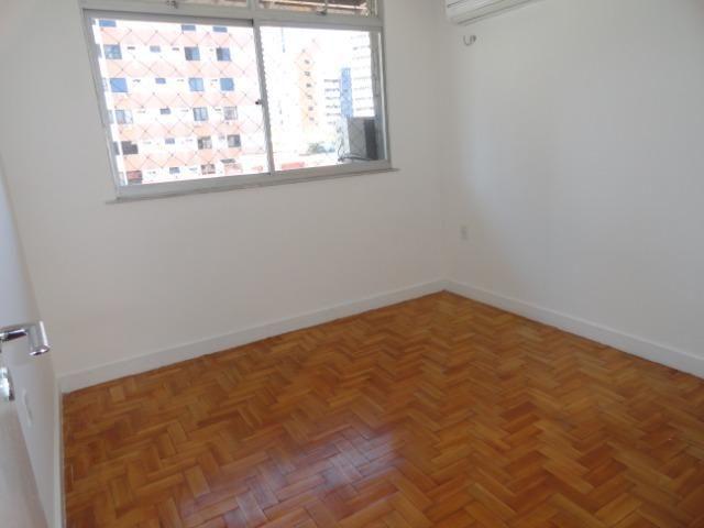 AP0303 - Apartamento com 3 dormitórios à venda, 108 m² por R$ 300.000 - Papicu - Foto 8