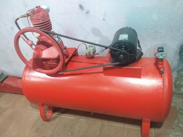 Compressor 15 pés 200 litros