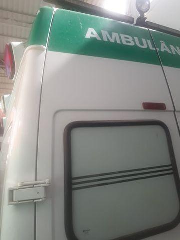Van Ambulância - Foto 2