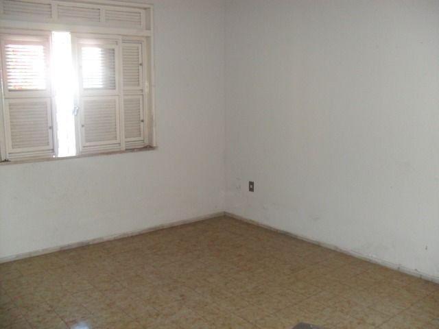 Excelente casa, com 04 quartos no Cambeba - Foto 6