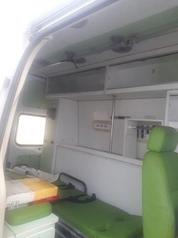 Van Ambulância - Foto 4