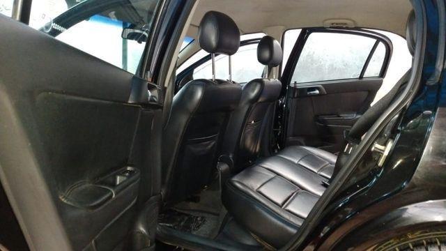 Vendo Astra Hatch 2.0 Completo Ar Direção Super Conservado! - Foto 4