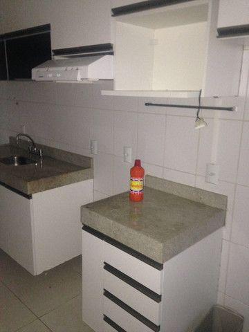 Bom apto de 03 quartos (01 reversível) no Alto da Glória - Foto 10