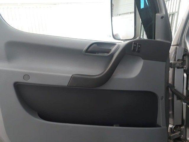 caminhão mb 1016, 2019, guincho plataforma, com 16.000 km.  - Foto 18