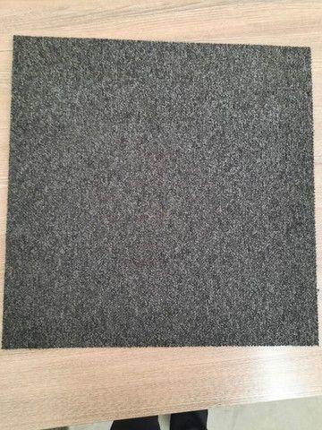 209 placas de Carpete linha Desso Tarkett