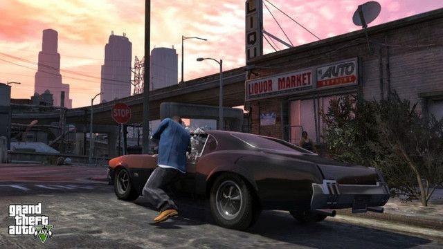 Jogo Grand Theft Auto V - GTA 5 - Xbox 360 Mídia Física - Original - Lacrado - Foto 2