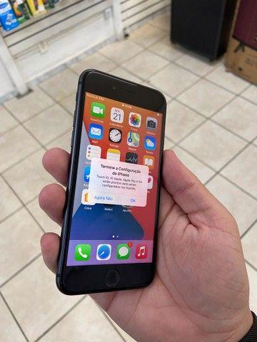iPhone 8 64gb preto com garantia // aproveite  - Foto 2
