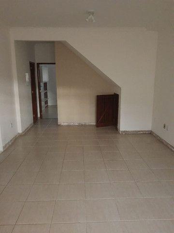 Casa duplex 3 quartos sendo 1 suíte, a venda no bairro Mirante da Lagoa. Macaé - RJ - Foto 7
