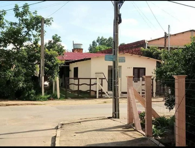 Casa de alvenaria + 150m2 (a poucos metros do centro) Santo Antônio da Patrulha/RS