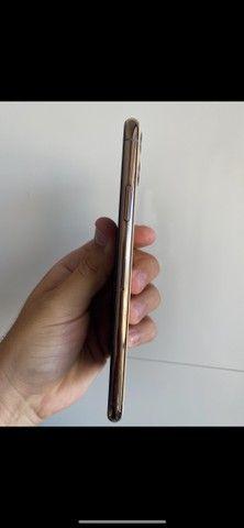 Iphone 11 Pro Max 64gb Gold IGUAL A NOVO todo original  - Foto 3