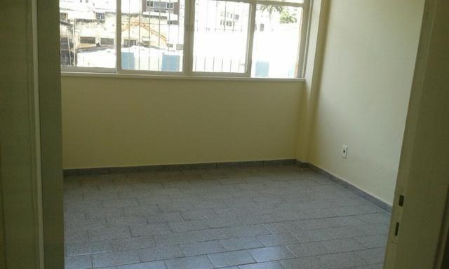 Apartamento/sala comercial centro de Vitória-ES, 1 quatro-venda