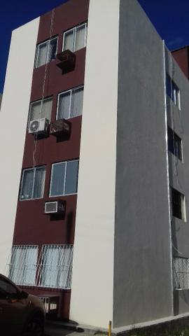 Apartamento zona norte, frente a policlínica Barros Lima (Av. Norte),facil deslocamento
