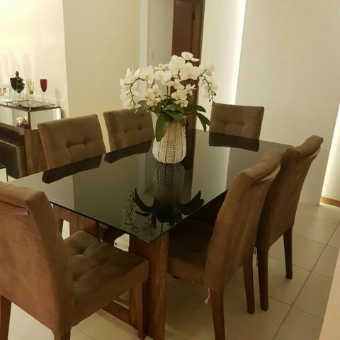 Mesa de Jantar e Aparador