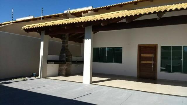 Casa Nova com 3/4 Sendo 1 Suíte no Centro de Palmas.