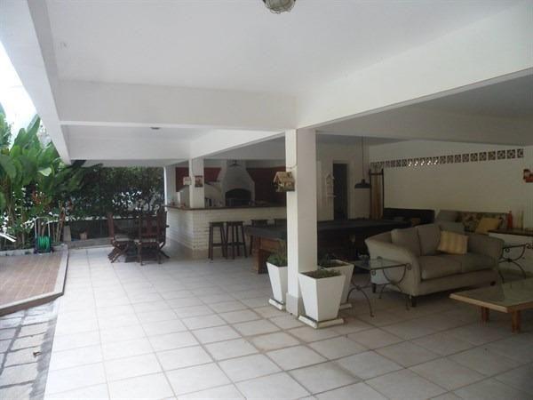 Condomínio, Itaipu, 4 Quartos, 2 suítes, 400 metros de construção, casarão - Foto 5