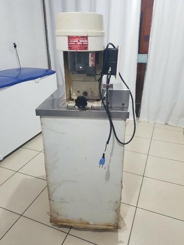 Máquina de de fazer sorvete (de massa) e picoleteira - Foto 2