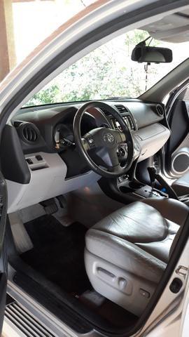 Toyota RAV4 4x4 2011/2011 prata. 2020 Pago. Só venda! Interessados só quem conhece RAV4 - Foto 4