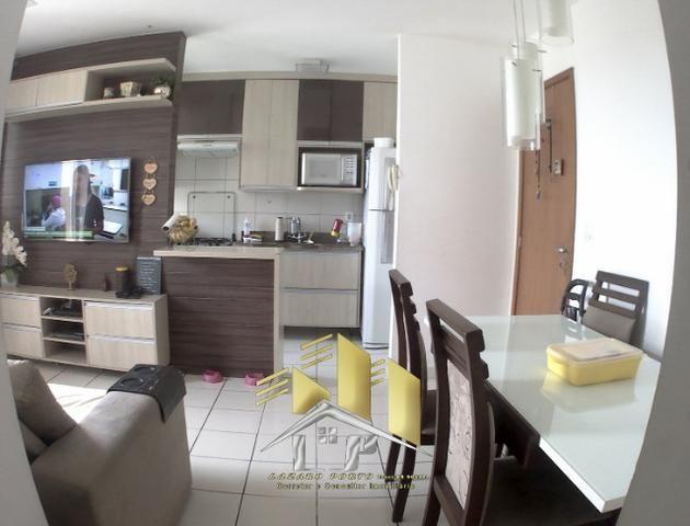 Laz - Alugo apartamento com varanda 2Q sendo uma suite condomínio com lazer completo