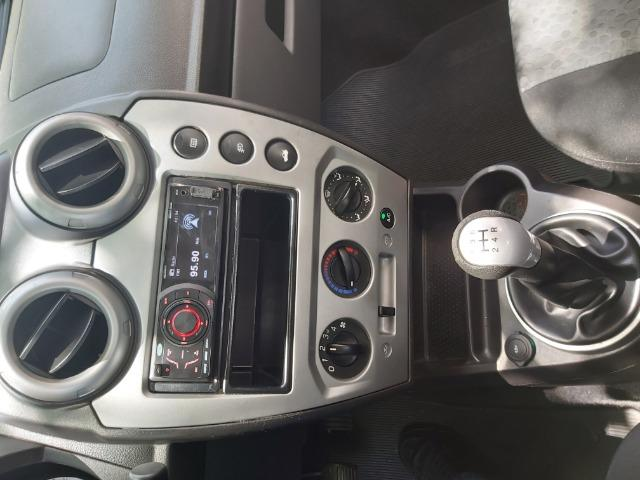 Fiesta Class 1.6 Hatch Completo - Foto 15