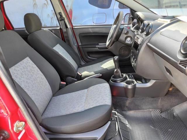 Ford Fiesta 1.0 Mpi Sedan 8v - Foto 6