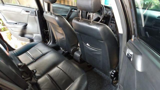 Vendo Astra Hatch 2.0 Completo Ar Direção Super Conservado! - Foto 6