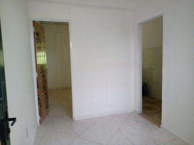 casa de um quarto  em jardim pernambuco nova iguaçu - Foto 2
