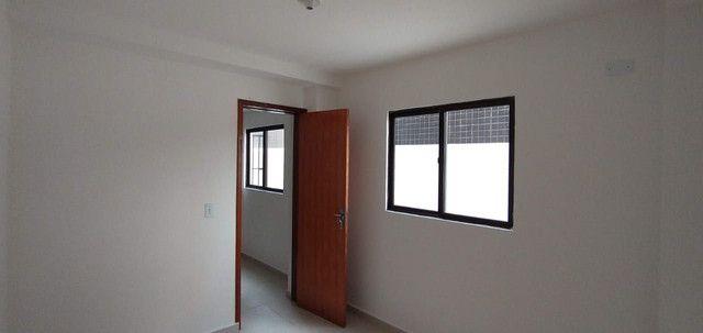 Apartamento Térreo em Mangabeira I