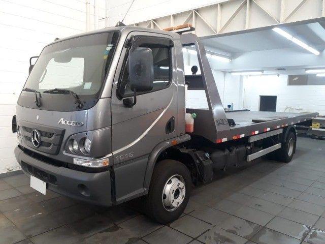 caminhão mb 1016, 2019, guincho plataforma, com 16.000 km.