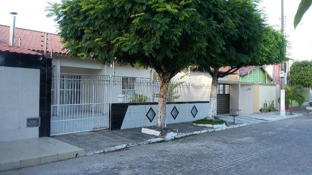 Excelente casa em área privilegiada do Catolé